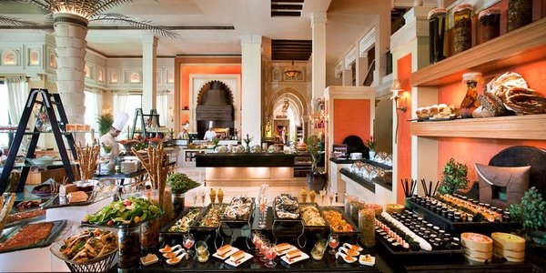 al qasr brunch