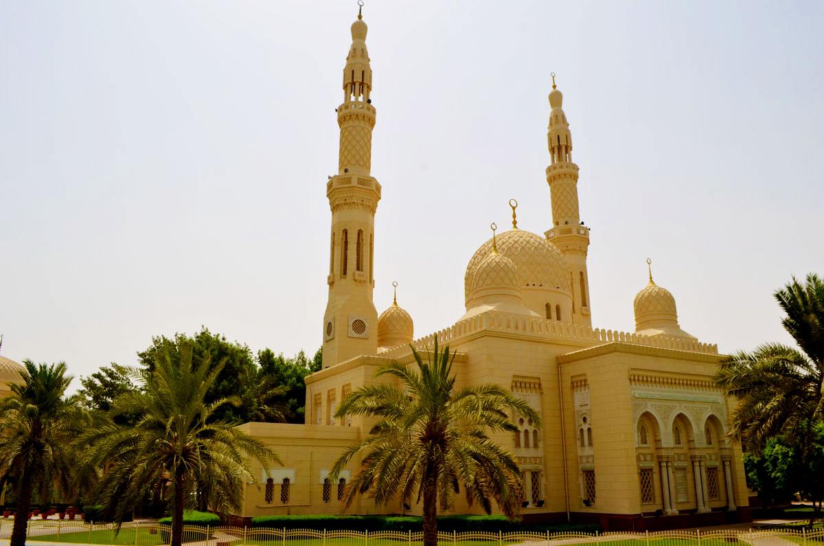 Dubai attractions - Jumeirah Mosque