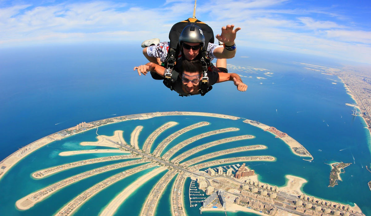 Skydive Over Dubai Palm